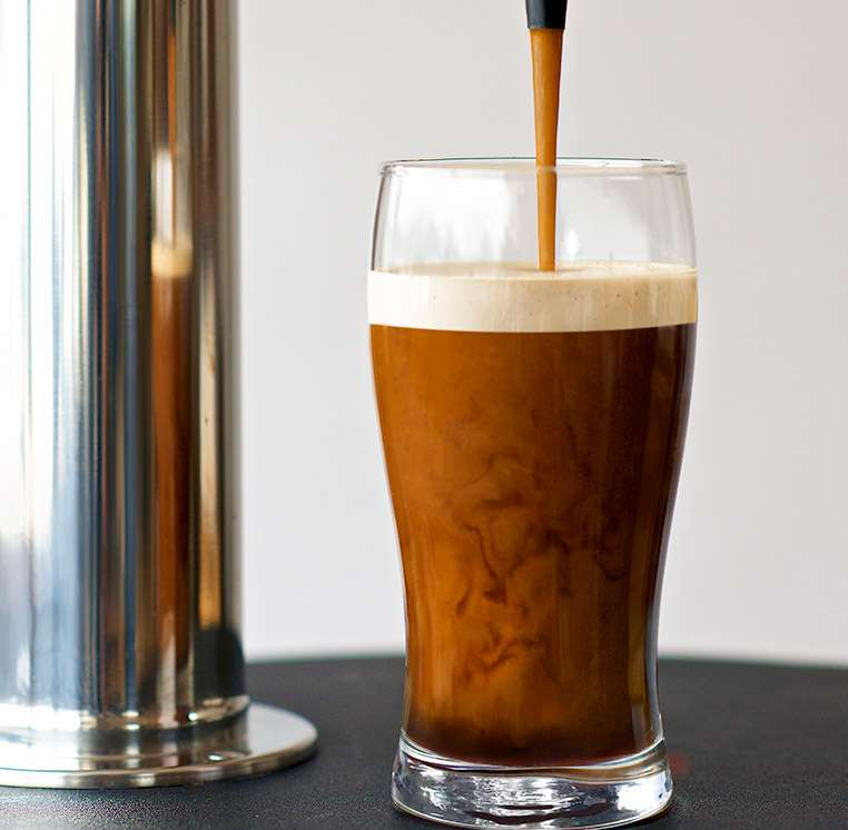 NITRO COLD BREW COFFEE: das ultimative Sommer-Getränk!